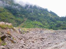 Nepál, zemetrasenie, zosuvy pôdy
