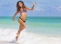 žena, pláž, brazílčanka