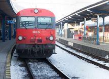 vlak do rakuska, stanica, doprava,