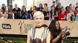 Herečka Michelle Williams v kreácii Louis Vuitton.