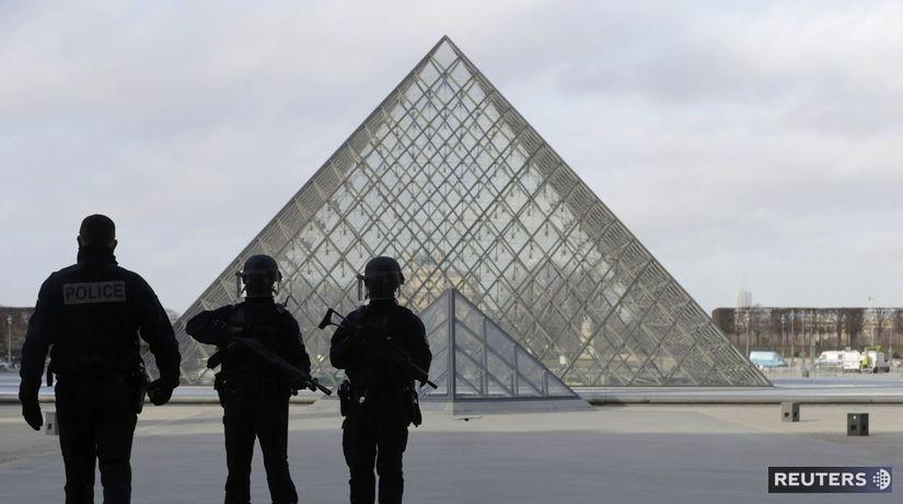 Louvre, streľba