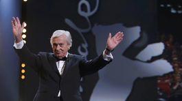 Prezident medzinárodnej poroty - režisér Paul Verhoeven.