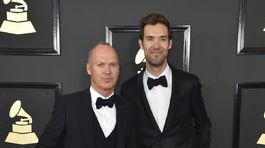 Herec Michael Keaton (vľavo) a Sean Douglas.
