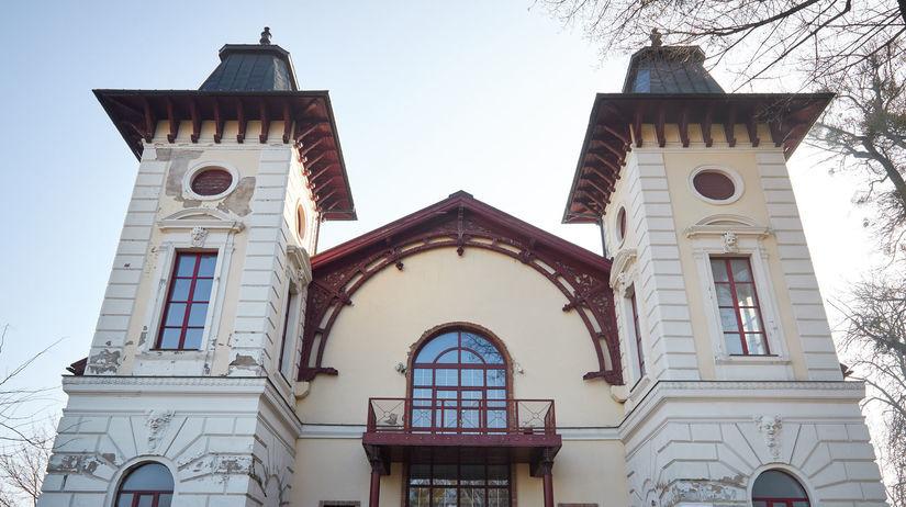 BRATISLAVA: Divadlo Aréna