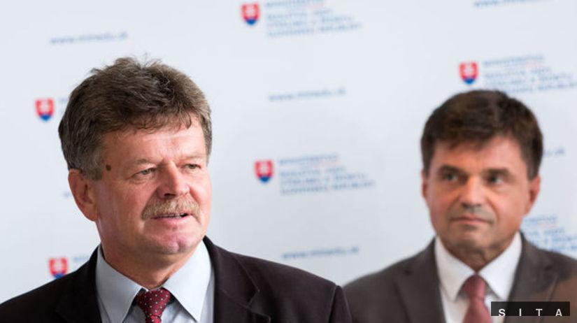 Pavel Ondek, Peter Plavčan, ministerstvo školstva