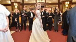 Plavovláska Natalie Kotková si pózovanie užívala.