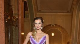 Seriálová herečka Barbora Mottlová.