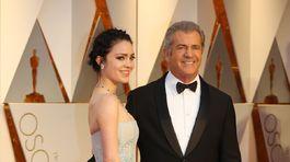 Herec Mel Gibson a jeho snúbenica Rosalind Ross.