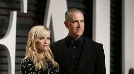 Herečka Reese Witherspoon a jej manžel Jim Toth.