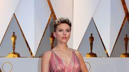 Herečka Scarlett Johansson vyzerala sexi.