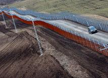 plot, Maďarsko, hranice, migranti, Balkánska cesta