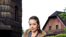 Herečka Gabriela Marcinková na zábere zo seriálu Doktor Martin.
