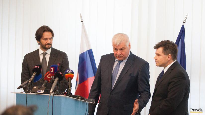 Robert Kaliňák, Árpád Érsek, Peter Plavčan,...