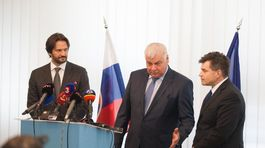 Robert Kaliňák, Árpád Érsek, Peter Plavčan, školské autobusy
