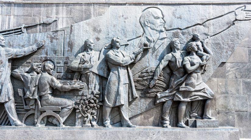 rusko, revolúcia, sochy, boľševici