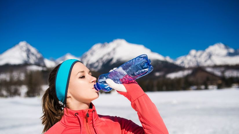 zima, voda, minerálka, pitný režim