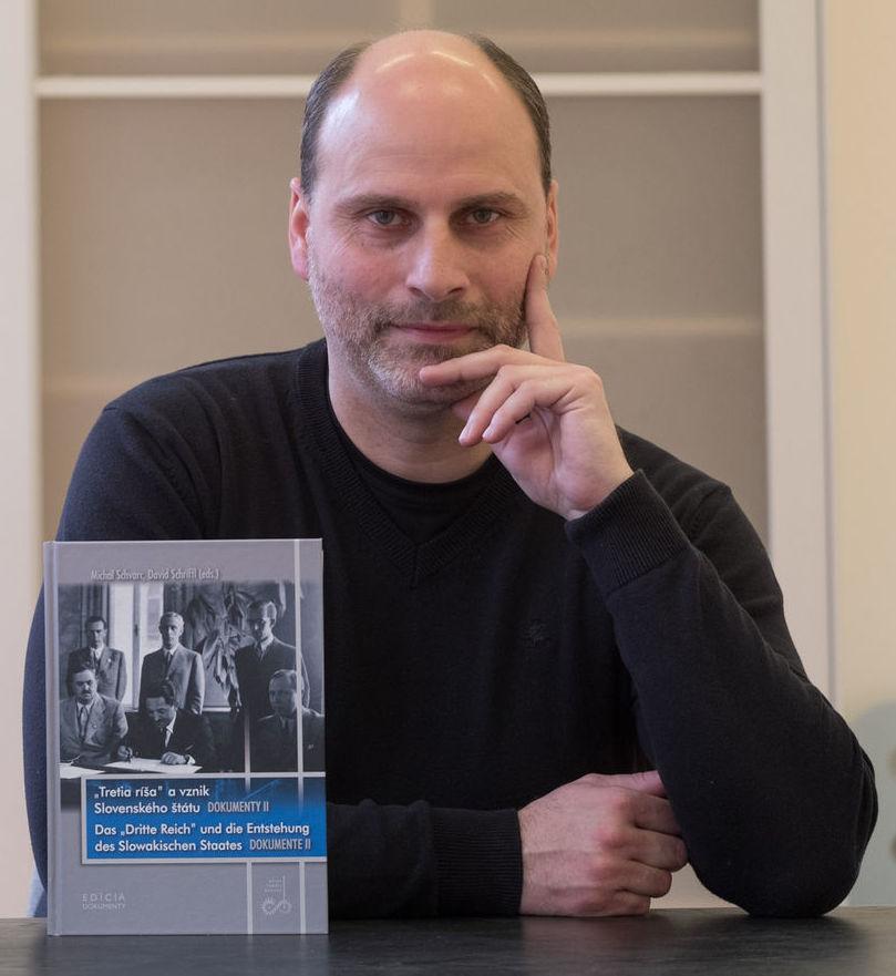 Michal Schvarc, historik, pilc