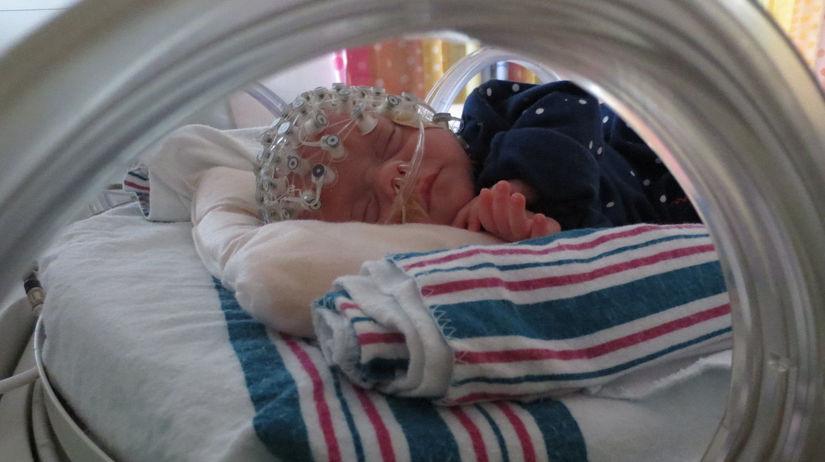 novorodenci, deti, predčasne narodené,...