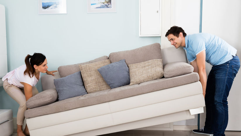 bývanie, obývačka, pár, úver, nehnutelnosť