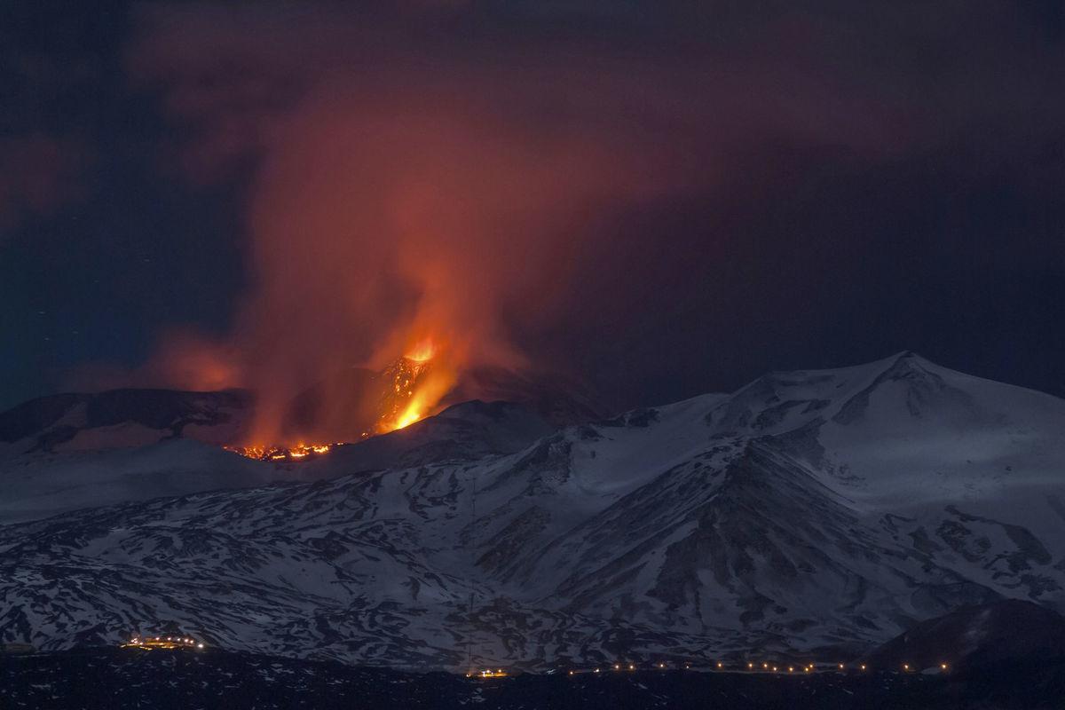 Etna, vulkán, sopka, Taliansko, láva,