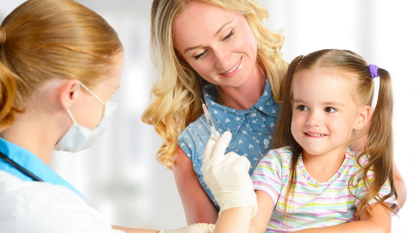 lekár, mama, dieťa, očkovanie