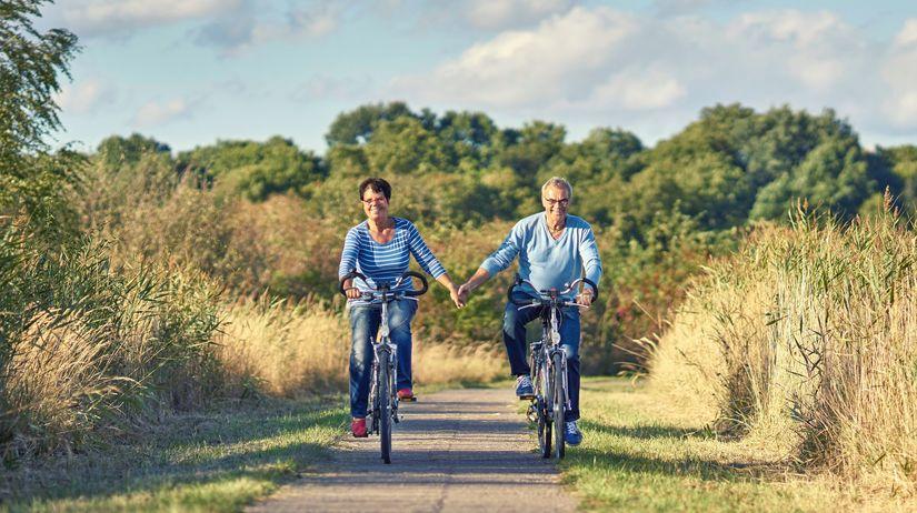 dôchodca, dôchodok, bicykel,