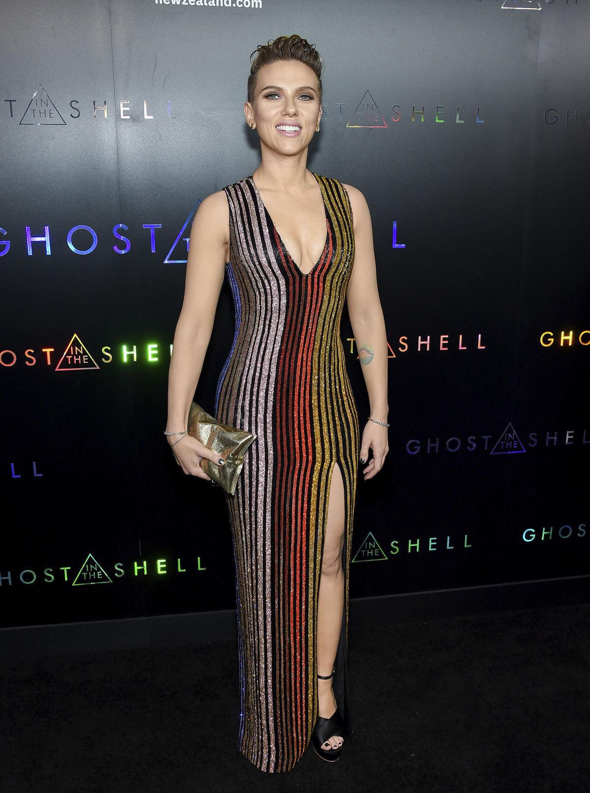 Scarlett Johansson: 10 φορές που η γοητεία της ήταν αφοπλιστική - Queen.gr