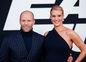 Actor Jason Statham a  Rosie Huntington-Whiteley na premiére filmu Rýchlo a zbesilo 8 v New Yorku.