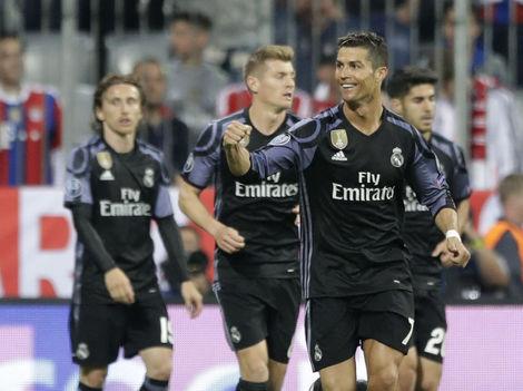 80ca7aebcc7b7 Vidal mal Real Madrid na lopate. Penaltu však nedal a Ronaldo zápas otočil