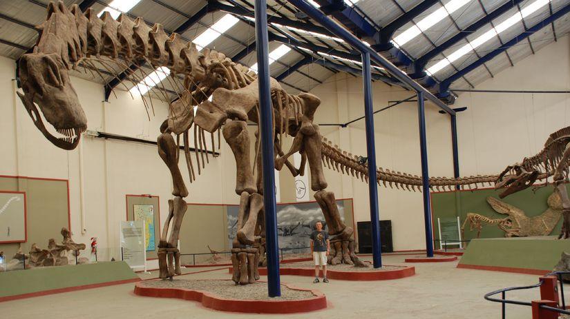 kundrat, dinosaurus
