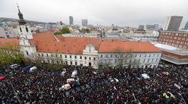 protikorupčný pochod, námestie snp, protest, demonštrácia,