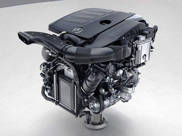 Mercedes-Benz - motor M 256 R6