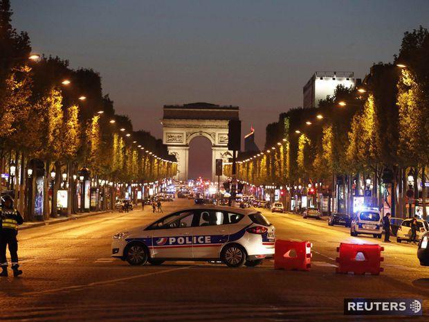 Champs Elysee, Paríž, streľba, polícia