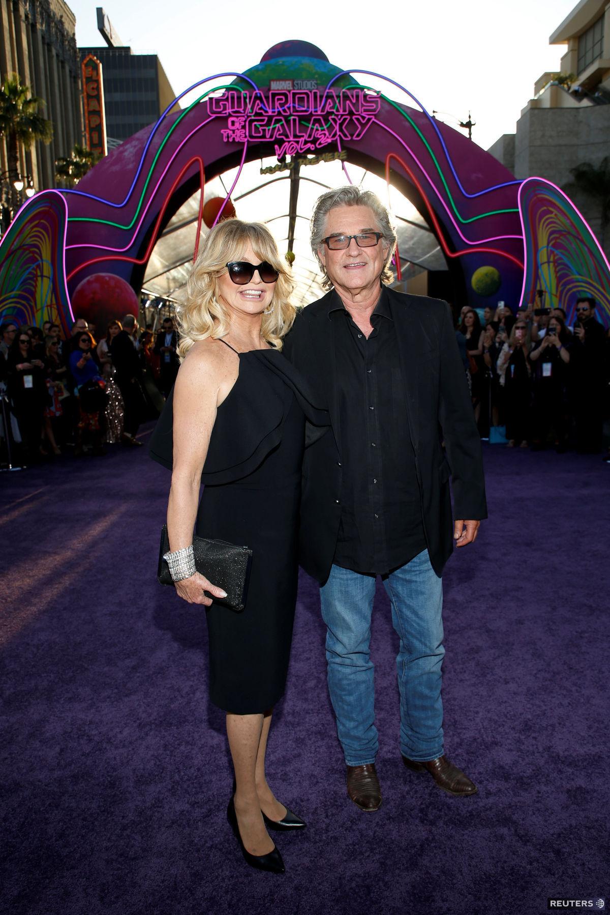 Kurt Russell a Goldie Hawn na premiére filmu Strážcovia galaxie 2 v  Hollywoode.
