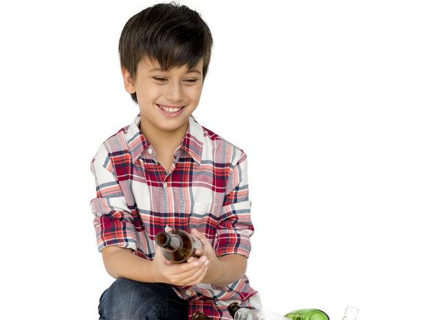 chlapec, recyklovanie, odpad, separovanie