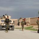 Pri nehode s účasťou vozidiel NATO zomrelo dieťa, vyvolala protesty