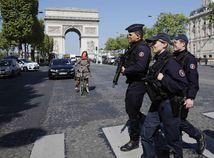 Francúzska volebná ruleta sa roztáča