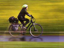 bicykel, cyklista, prilba, cyklistika, šport, turista, cestovanie