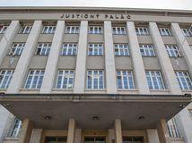 justičný paláca, súd, justičák,