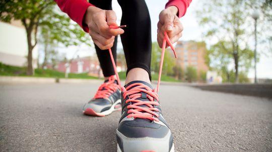 topánka, bežec, šnúrky, viazanie