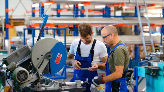zamestnanec, fabrika