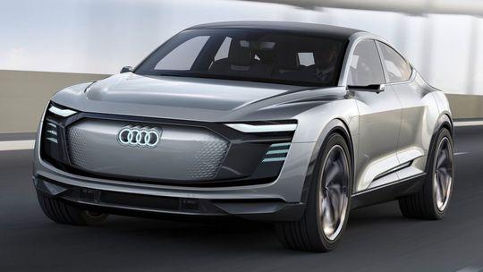 Audi e-tron Sportback: Elektrické kupé SUV príde v roku 2019