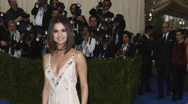 Speváčka Selena Gomez vyzerala očarujúco.