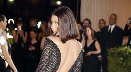 Topmodelka Bella Hadid bola neprehliadnuteľná v kreácii Alexander Wang.