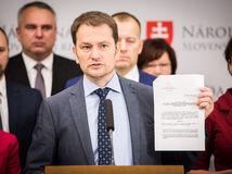 Kancelária NR SR dala podnet k exekúcii Matoviča