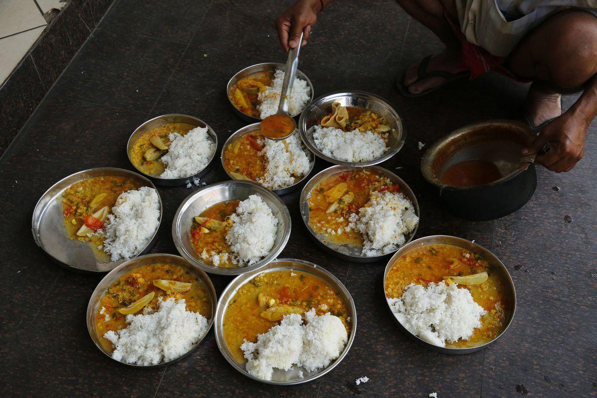 India, jedlo, pokrm, taniere, servírovanie,