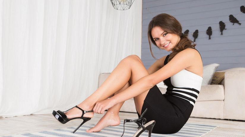 žena, nohy,
