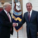 Lavrovovi sa Trumpov prejav páčil, hnevá sa skôr na Obamu