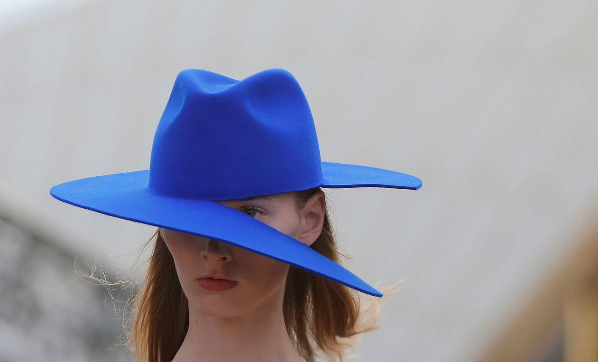 móda, klobúk, prehliadka, modelka