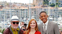edro Almodovar (vľavo) s členmi poroty a hercami Jessicou Chastainovou a Willom Smithom